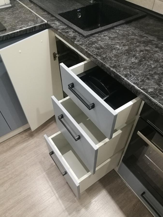 Белый кухонный гарнитур-Кухня МДФ в ПВХ «Модель 30»-фото8