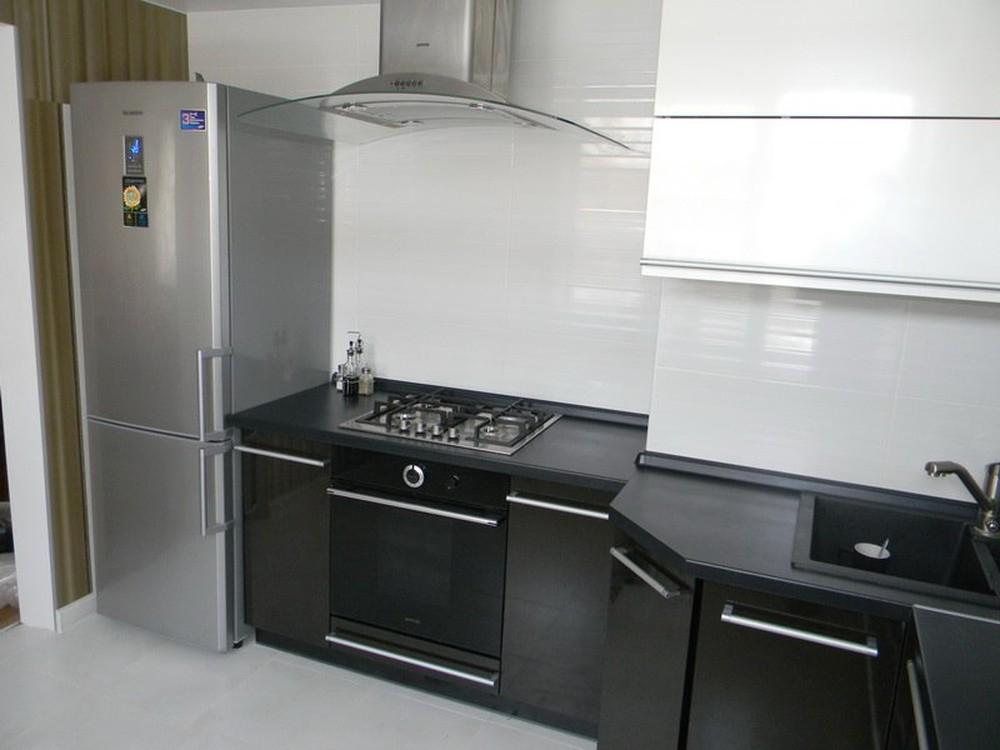 Встроенная кухня-Кухня МДФ в эмали «Модель 257»-фото2