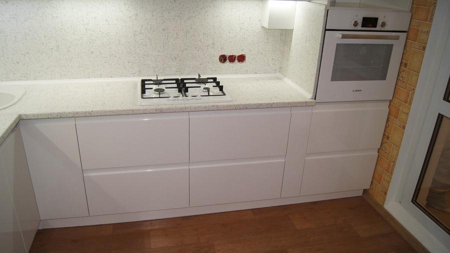 Белый кухонный гарнитур-Кухня МДФ в эмали «Модель 286»-фото2