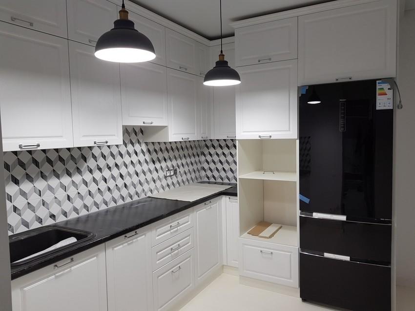Белый кухонный гарнитур-Кухня МДФ в ПВХ «Модель 474»-фото2