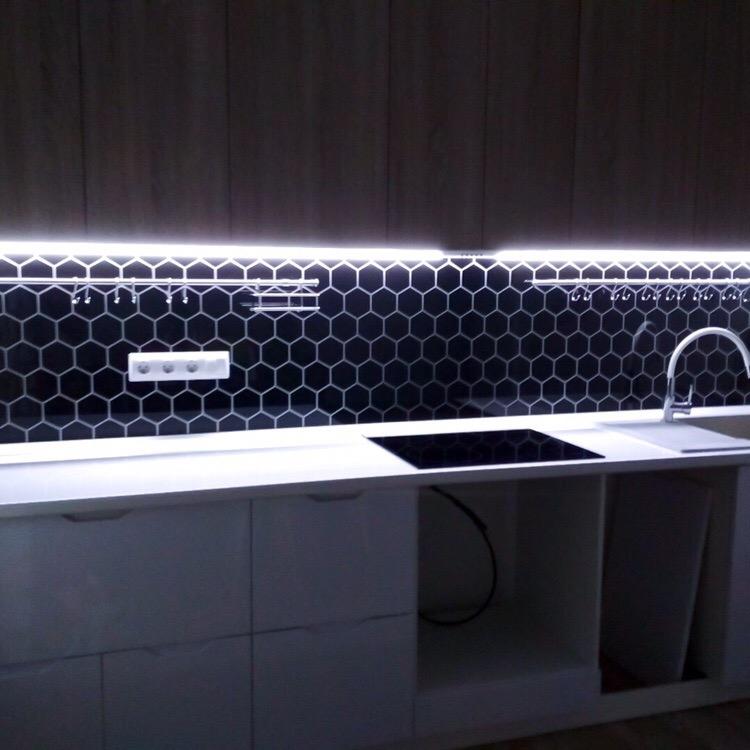 Белый кухонный гарнитур-Кухня МДФ в эмали «Модель 421»-фото4