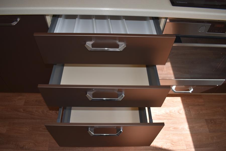 Белый кухонный гарнитур-Кухня МДФ в ПВХ «Модель 504»-фото9