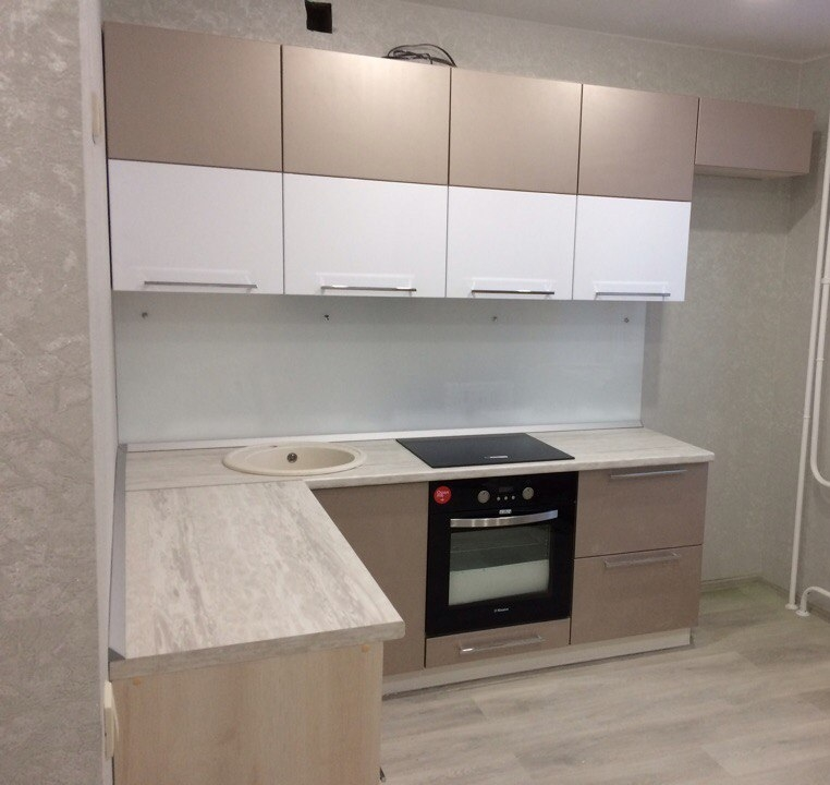 Белый кухонный гарнитур-Кухня из пластика «Модель 454»-фото1