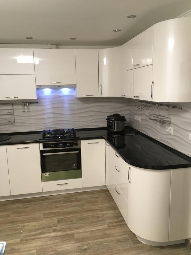 Белый кухонный гарнитур-Кухня МДФ в эмали «Модель 472»-фото2