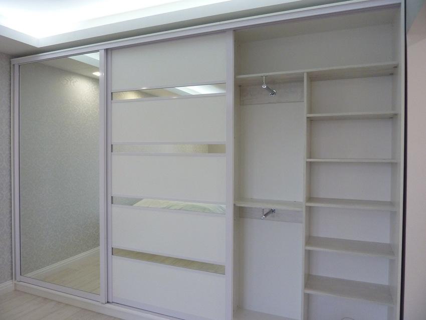 Белые шкафы-купе-Шкаф-купе с зеркалом «Модель 260»-фото4