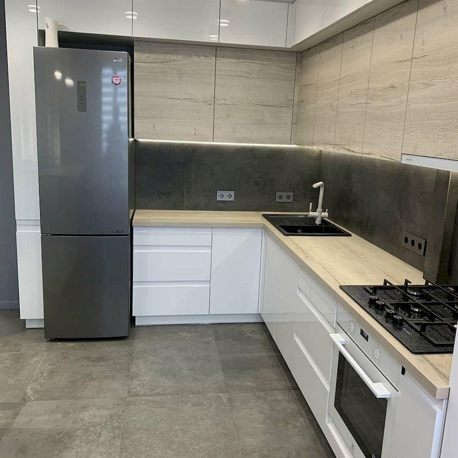 Белый кухонный гарнитур-Кухня МДФ в эмали «Модель 670»-фото3