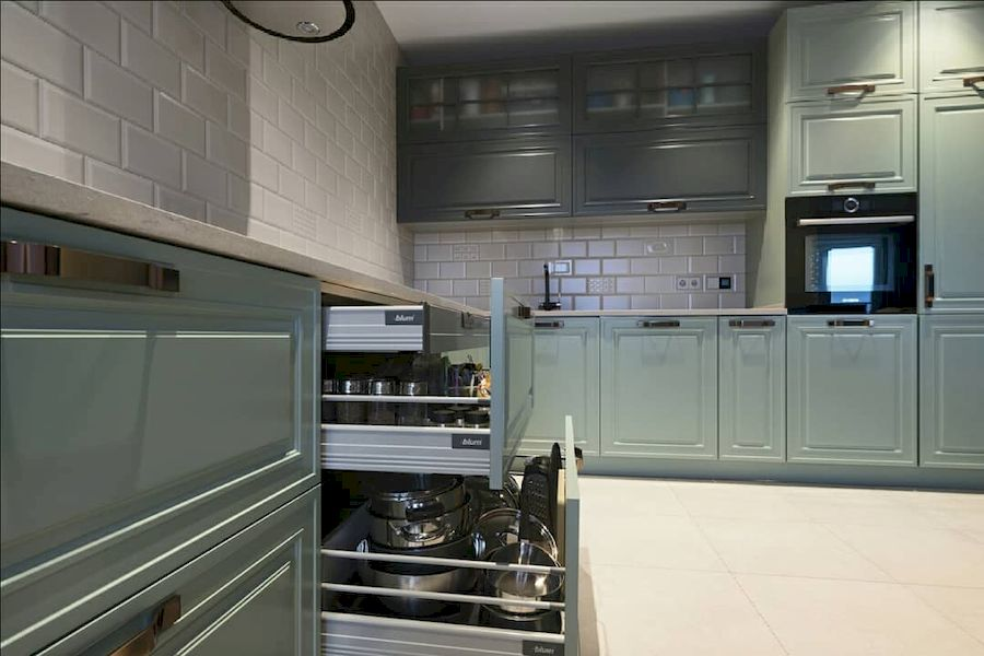 Классические кухни-Кухня МДФ в эмали «Модель 683»-фото3
