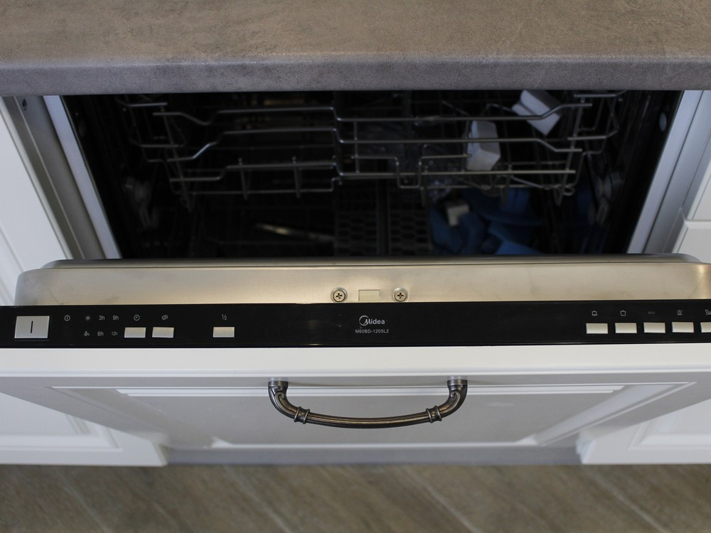 Белый кухонный гарнитур-Кухня МДФ в эмали «Модель 190»-фото6