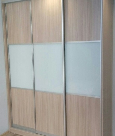 Большой шкаф-купе-Шкаф-купе из стекла Лакобель «Модель 25»-фото3